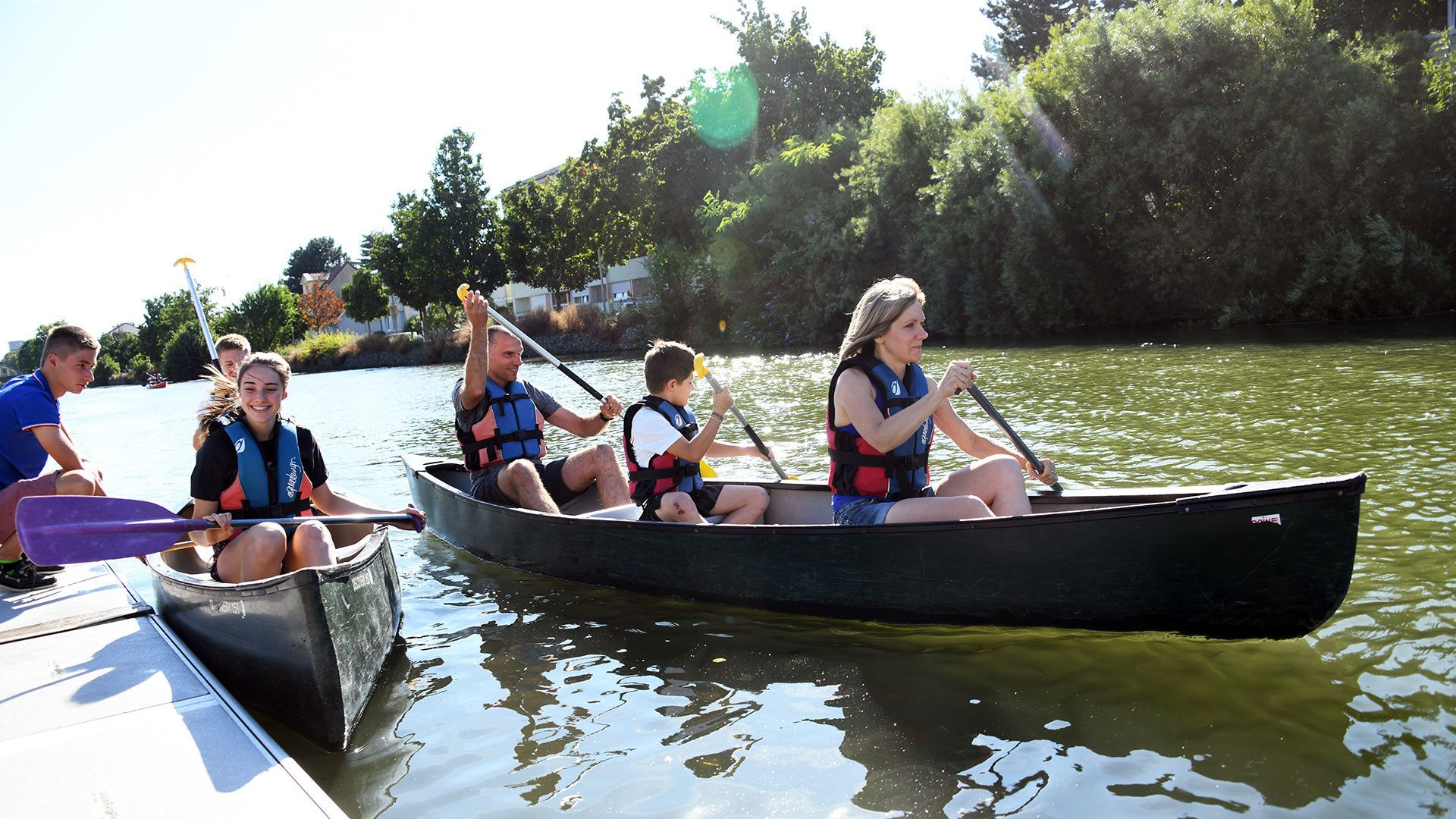 Apprentissage en famille à l'after-worh du Club de canoë-kayak de Riedisheim