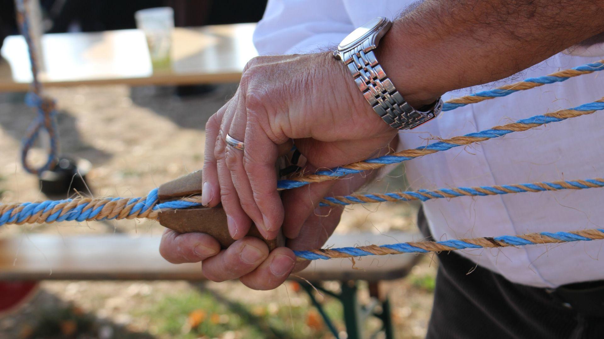 Réalisation de cordes en sisal