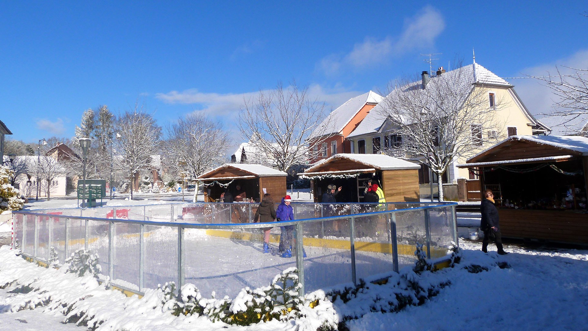 La patinoire du marché de Noël de Heimsbrunn