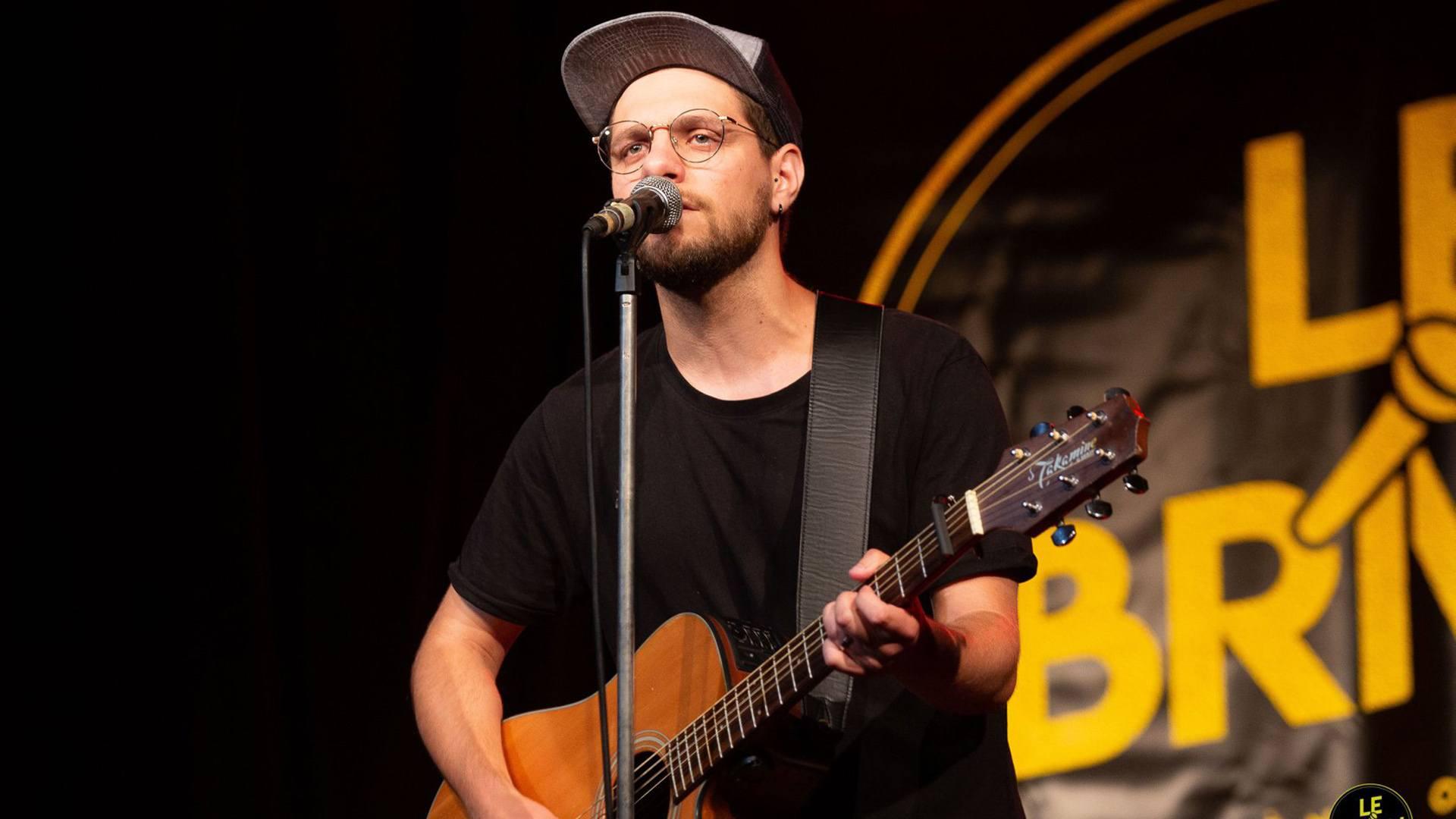 Jonathan Dockwiller, chanteur de Rixheim