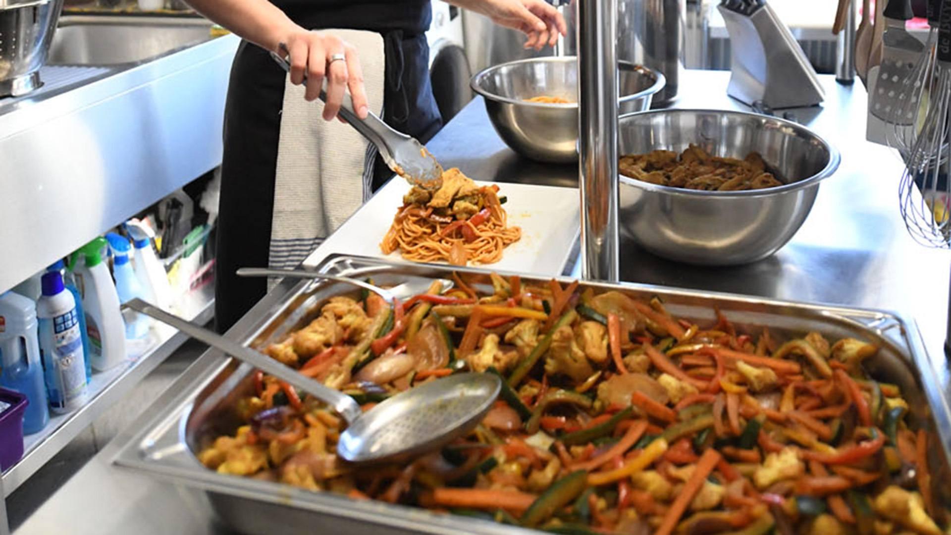 Poulet au wok et légumes croquants