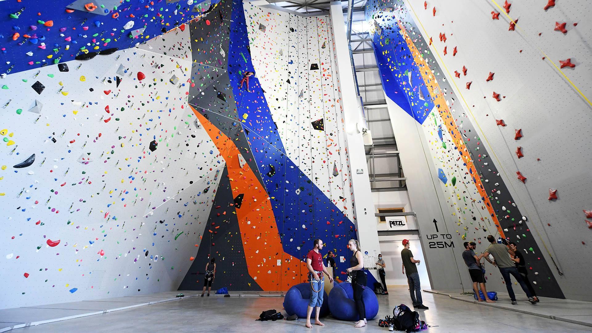 Climbing Mulhouse Center, on grimpe et on accroche : les deux murs de vitesse
