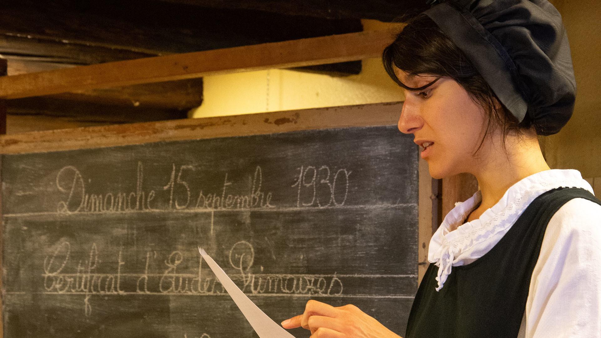 L'Ecomusée d'Alsace fait sa rentrée : la maîtresse d'école
