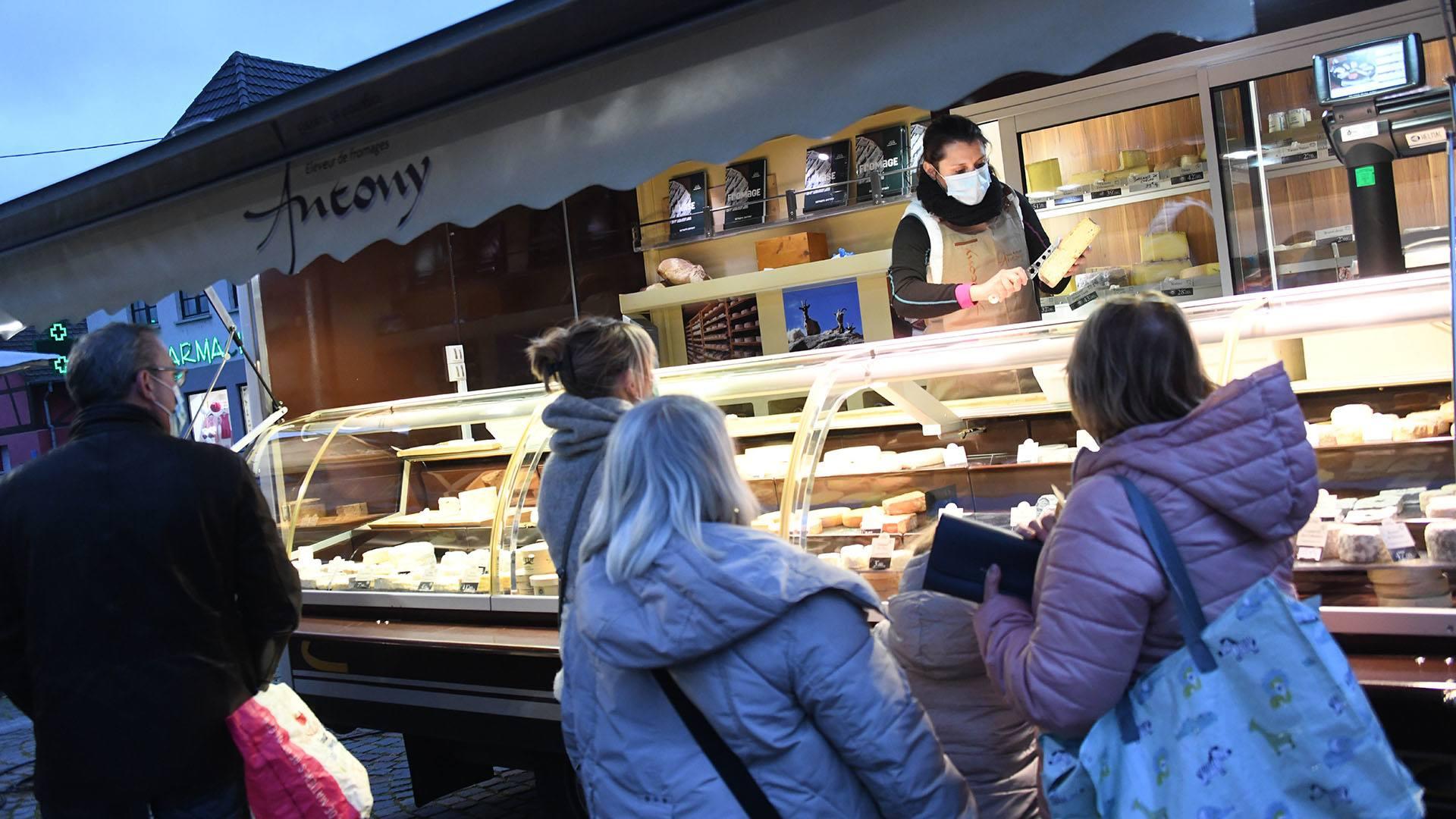 Zillisheim un nouveau marché de producteurs : Le succès du fromager Anthony