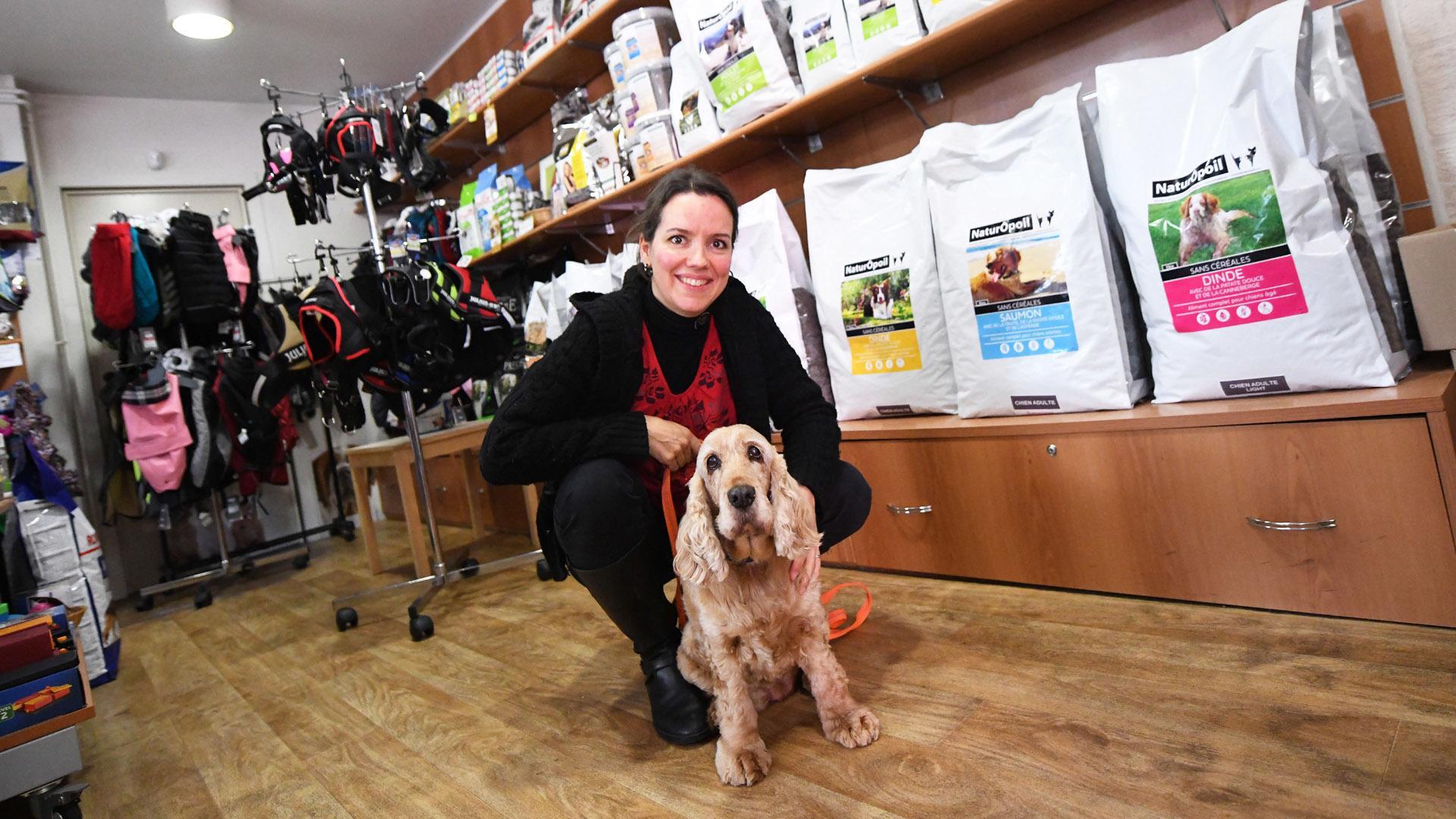 Riedisheim prendre soin des animaux avec NaturÔpoil : Caroline Anselm et Doudou