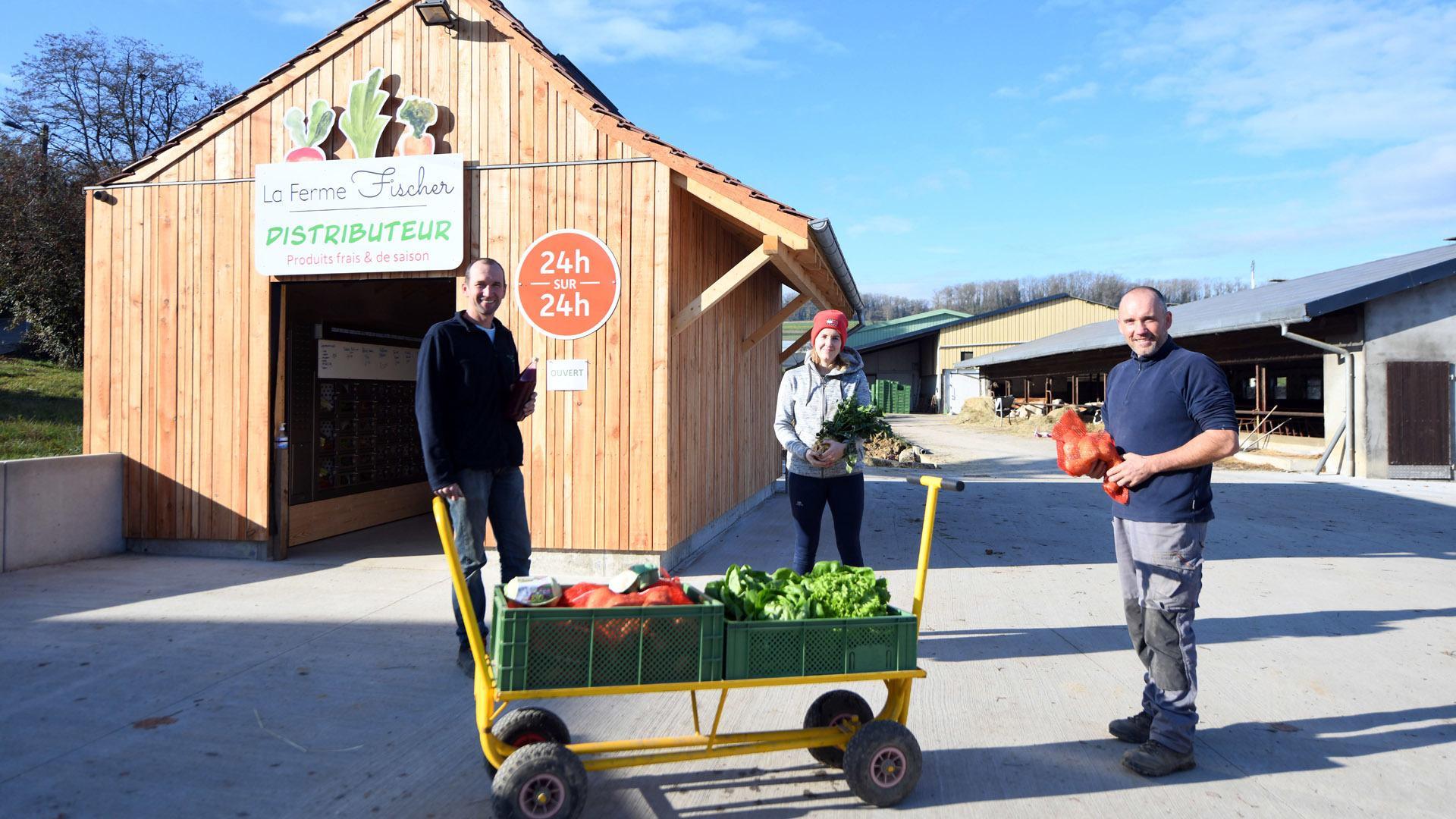 Zimmersheim un distributeur automatique pour la ferme Fischer : des achats en toute autonomie : une ferme familiale
