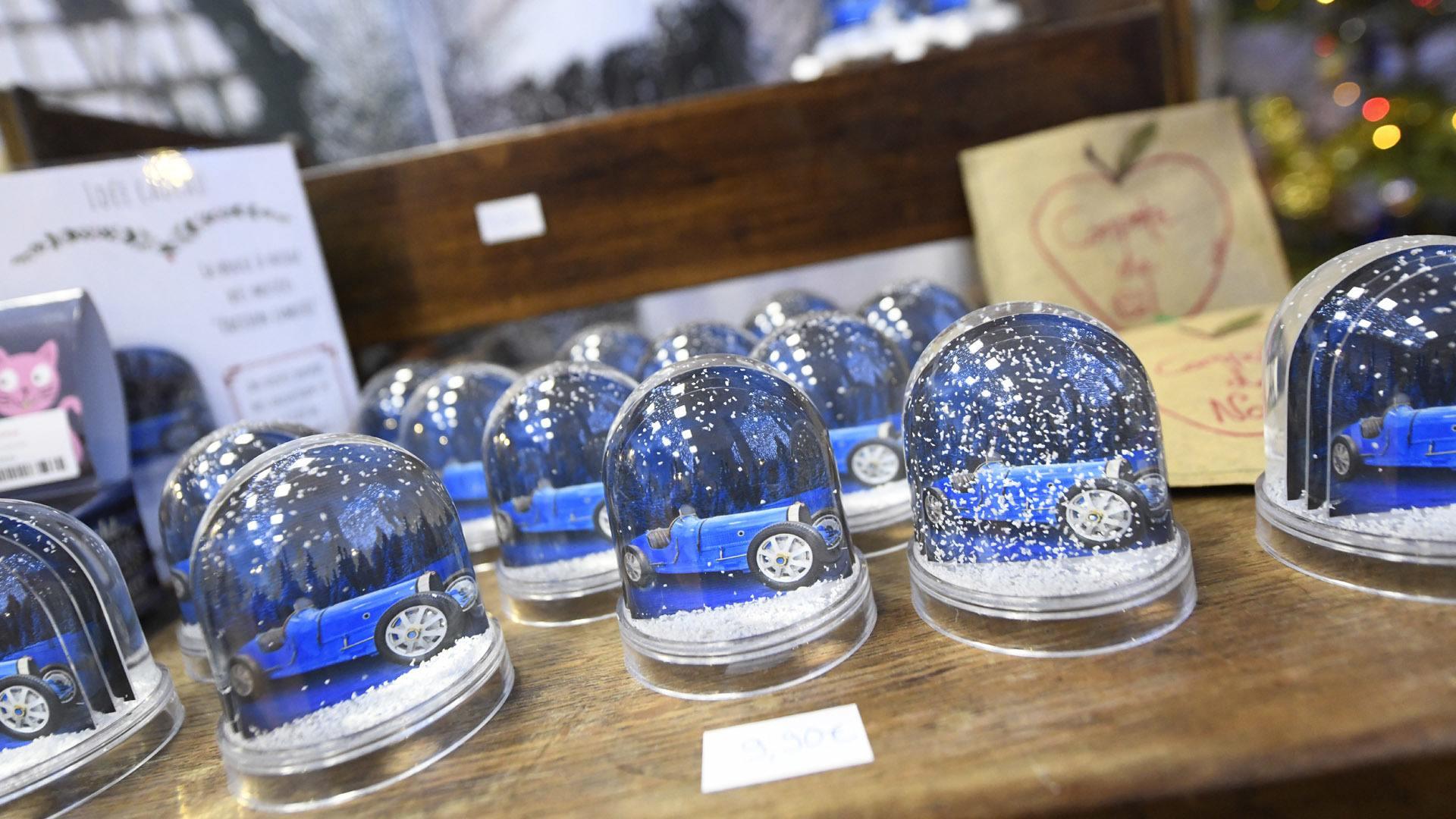 Click and collect pour la boutique Musées Mulhouse Sud Alsace ! La Cité de l'Auto à l'honneur dans la boule à neige 2020