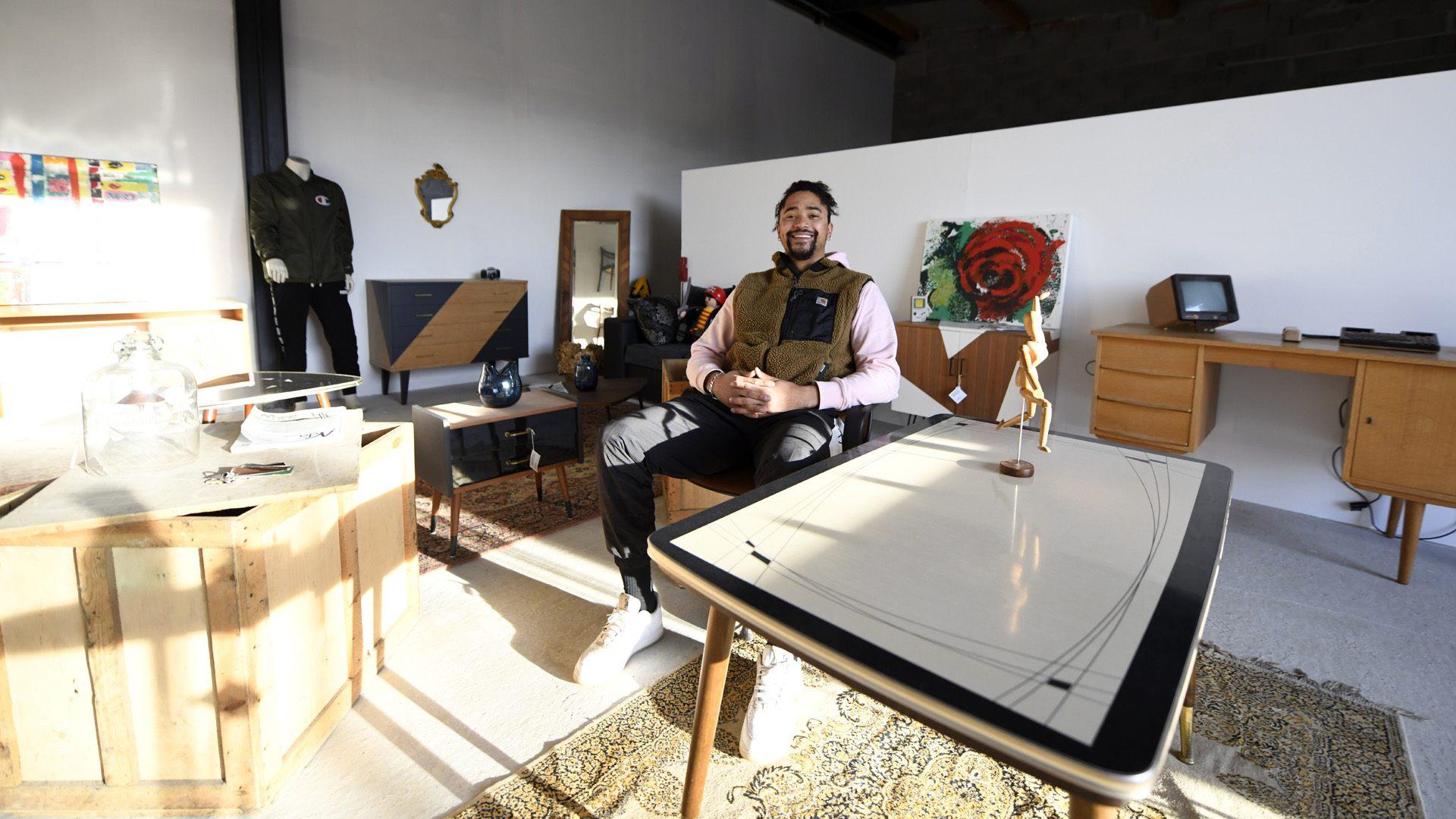 Pfastatt : second souffle pour vos meubles : showroom La Cloche Design de Lionel Angebert