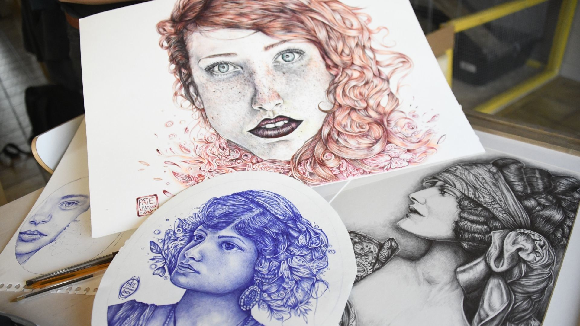 Amandine Lefebvre dessinatrice au stylo bic : des portraits de femmes inspirants