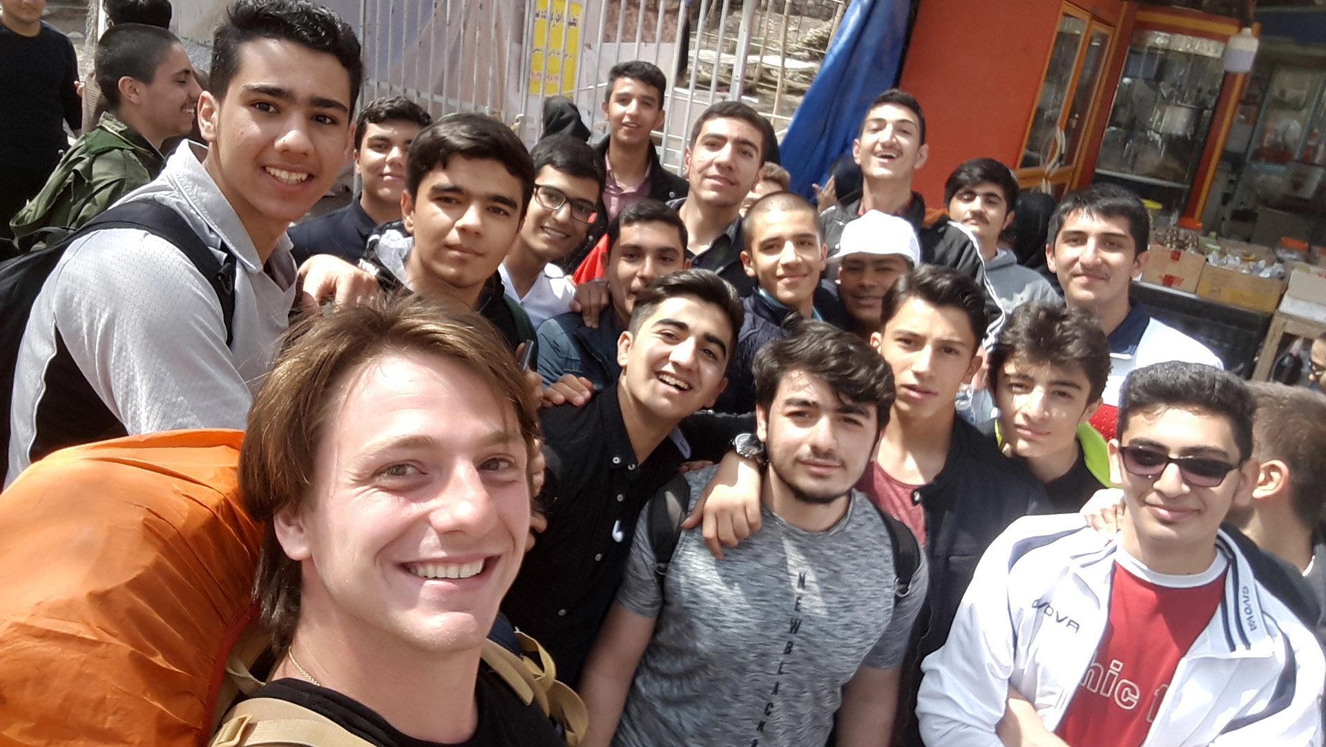 Pfastatt : le tour du monde en stop de Julien de Weijer : un accueil chaleureux en Iran