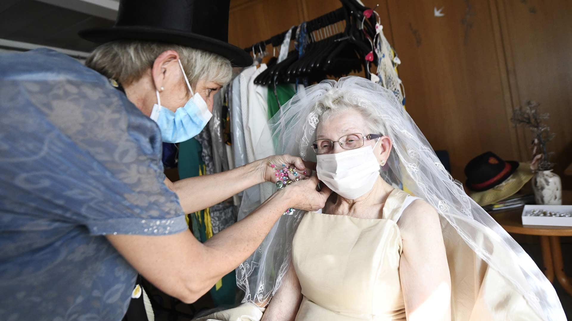 Illzach : fashion week festive à l'Ehpad Le Séquoia, des soignants qui prennent soin des résidents
