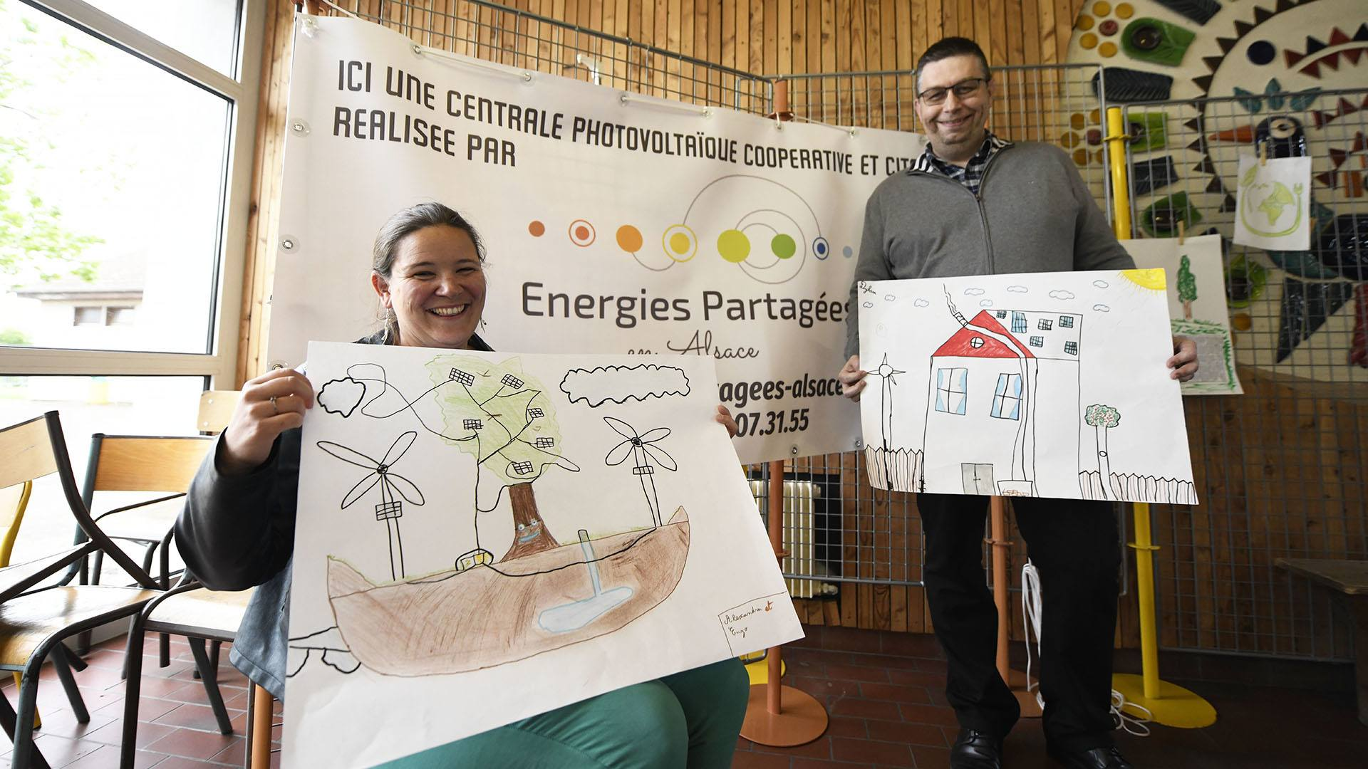 Kingersheim un toit solaire sur l'école du Centre : Julie et Frédéric parents d'élèves et coopérateurs