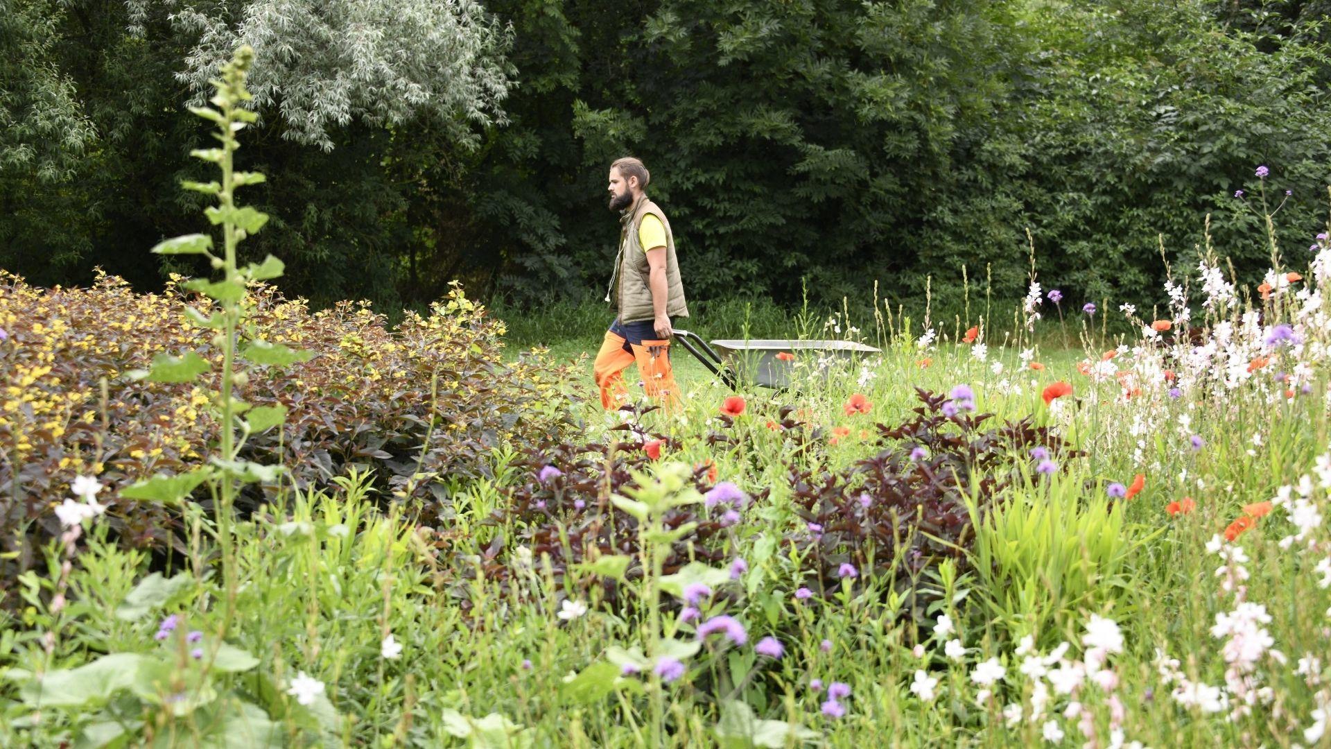Julien le jardinier du Jardin du Temps d'illzach