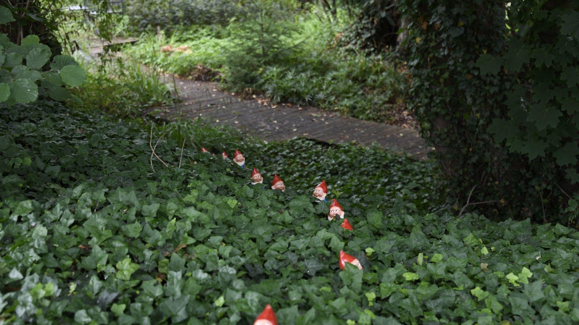 Les nains du bosquet au Jardin du Temps à Illzach